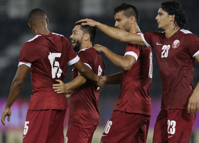 منتخب دنیا در ترکیب عنابی ها، میزبان جام دنیای 2022 در اندیشه کسب اعتبار