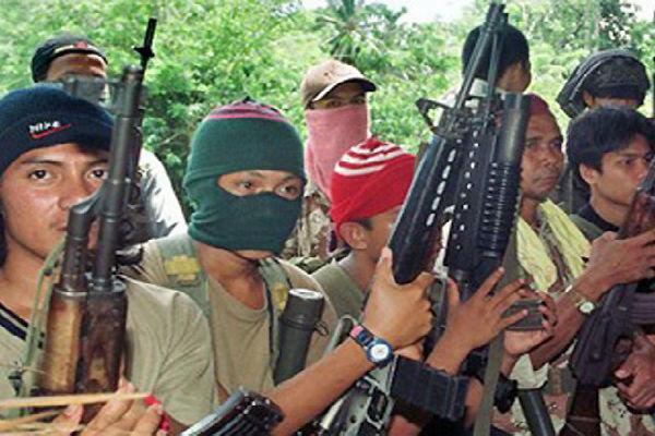 گروه تروریستی ابوسیاف گروگان آلمانی را سربُرید